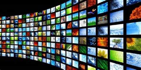 Role of mass media in pakistan essay